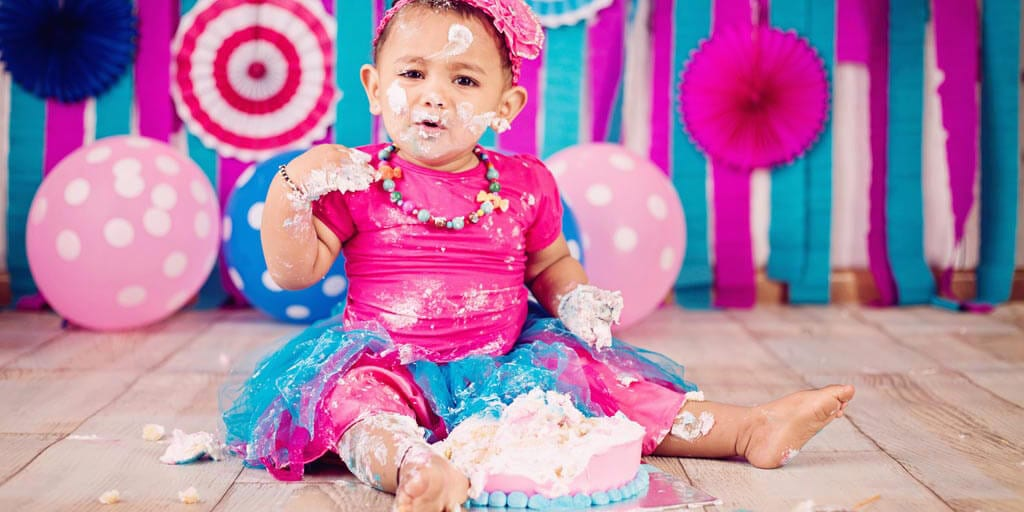 Khushi's cake smash photoshoot